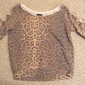 Cheetah Crewneck Sweatshirt w/ Slits on Sleeves